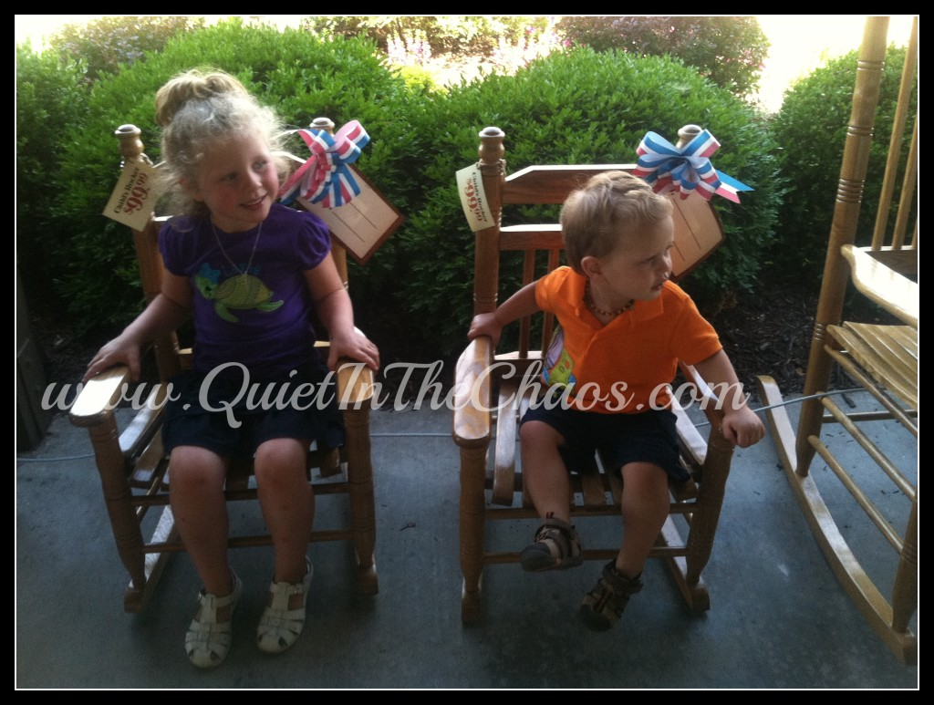rocking at Cracker Barrel {Quiet In The Chaos}